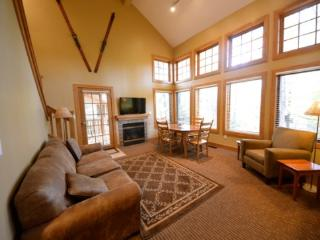 Recently Remodeled Three Bedroom Condo Located in Disciples Village, Short walk to the slopes and the village of Boyne - Northwest Michigan vacation rentals