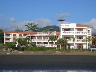 Ocean Front, Pool-sidem ground floor condo in Costa Rica - Jaco vacation rentals