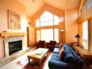 3BR Plus Loft Aspenwood Lodge Condo in Exclusive Gated Community in the Heart of Arrowhead Village, Walk to Lifts, Pool/Hot Tub, - Northwest Colorado vacation rentals