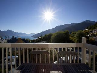 3 bedroom House with Internet Access in Queenstown - Queenstown vacation rentals
