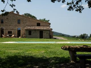 Perfect 8 bedroom Buonconvento House with Private Outdoor Pool - Buonconvento vacation rentals