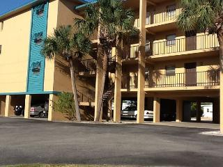 1 Bed / 1 Bath with View of the Bay - Treasure Island vacation rentals