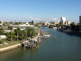 2 Bed / 2 Bath with View of the Bay - Treasure Island vacation rentals