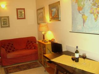 Artistic and Relaxing Vacation Rentals In Lucca and Sabri - Florence vacation rentals