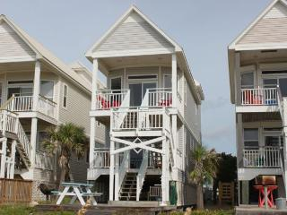 Beachfront Cottage, Very Nice 3BR 3BA Slps 8 - Saint George Island vacation rentals