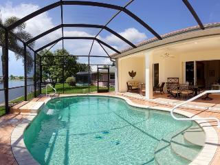 Villa Bella Rose in the beautiful Rosegarden area! - Cape Coral vacation rentals