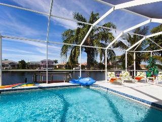 Villa White Paradise - Gulf access, heated pool - Cape Coral vacation rentals