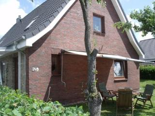 Vacation Apartment in Elsdorf-Westermuehlen - 700 sqft, central, comfortable, modern (# 4405) - Rendsburg vacation rentals