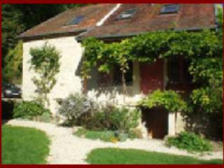 BurgundyVillas - The Farmhouse - France vacation rentals