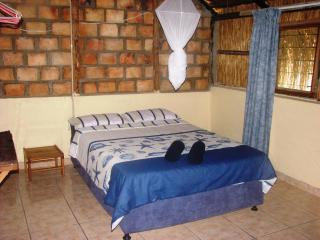 Nice 3 bedroom Chalet in Inhambane - Inhambane vacation rentals