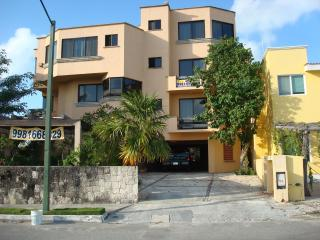 Lovely duplex apartment ideal for 4 adults and 2 kids. - Mexican Riviera-Pacific Coast vacation rentals