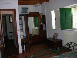Beautiful 3 bedroom Vacation Rental in Piedimonte Etneo - Piedimonte Etneo vacation rentals