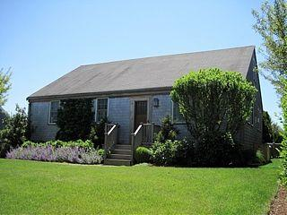 8 MacLean Lane - Image 1 - Nantucket - rentals