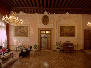 Luxury apartment FrancescoAlgarottiHouse - Venice vacation rentals