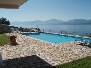 Beautiful 2 bedroom Nafpaktos Villa with Internet Access - Nafpaktos vacation rentals