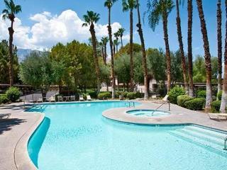 NEW: Clean, Quiet, Comfy & Cozy Palm Springs Condo - Palm Springs vacation rentals