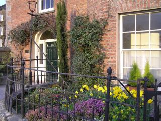 Perfect 1 bedroom Fermoy Apartment with Internet Access - Fermoy vacation rentals