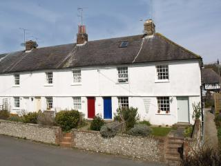 Rosebud Cottage, in Steyning near Brighton, U.K - Steyning vacation rentals