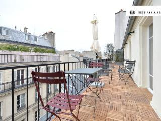Rare Paris Opera Penthouse with terrace, 4 sleeps - Paris vacation rentals