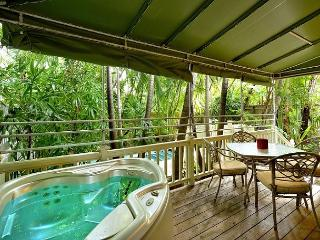 Flamingo Hideaway - Private Hot Tub. Lush Landscape In Old Town Key West - Key West vacation rentals