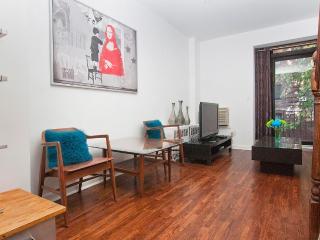 Sunny & spacious two-level studio near UN-sleeps 4 - New York City vacation rentals