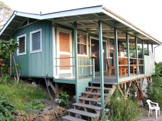 Big Island Farmstay – Garden Cottage w/ Ocean View - Kealakekua vacation rentals