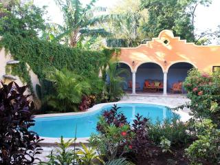 Tranquil Tropical Oasis in Historic Center - Merida vacation rentals
