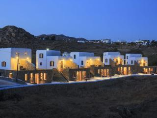 Gound floor suite at Agia Anna, Paraga - Mykonos vacation rentals