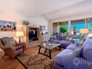 New Listing -- Beautiful 3 BR/3 BA Villa Ironwood CC -- East Facing Patio Steps to Pool & Spa - Palm Desert vacation rentals