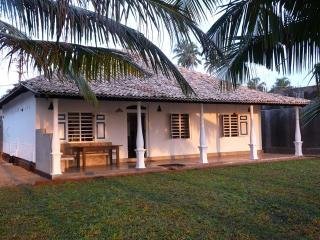 Lankamiya, the beach house near the ocean - Beruwala vacation rentals