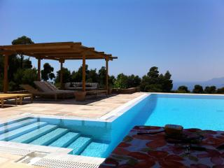 Beautiful 4 bedroom Vacation Rental in Greece - Greece vacation rentals