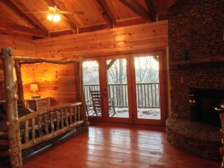 The Bears Den On top of ole Smoky! - Townsend vacation rentals
