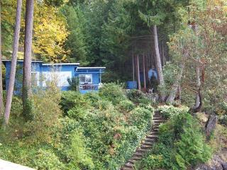 Sunset Cove Cottages - Falling Creek Cottage - Halfmoon Bay vacation rentals