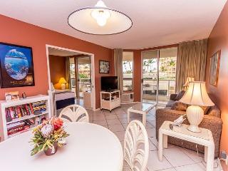 Third floor condo at Maui Banyan - comfortable and well-stocked! - Kihei vacation rentals