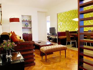 Contemporary 1 Bedroom Apartment in Plaza San Martín - Buenos Aires vacation rentals