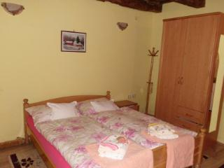 Colorfull wagon Romance for couples - Vojvodina vacation rentals