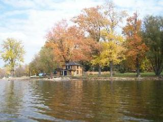 3 bedroom Cottage with Waterfront in Richfield Springs - Richfield Springs vacation rentals