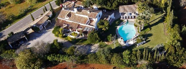 Private Swimming Pool, Near Beach, Mountain View, Partial Ocean View, Spacious, Near Marina - Image 1 - Boliqueime - rentals