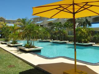 Nice Condo with Internet Access and Garden - Flic En Flac vacation rentals