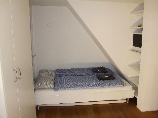 ZH Schmidgasse II - HITrental Apartment Zurich - Zurich vacation rentals