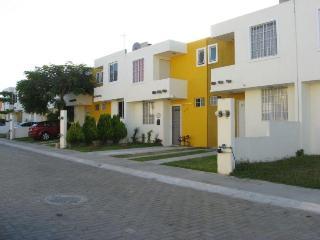 Bucarias 3 Bedrm 2 Baths Condo 8 Min Walk To Beach - Bucerias vacation rentals