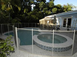 Beautiful tropical home w/ heated pool - Fort Lauderdale vacation rentals
