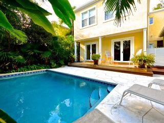La Dolce Vita - Luxury Monthly Rental Private heated pool - Florida Keys vacation rentals