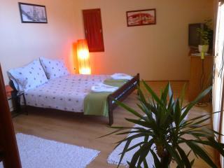 Hellasz apartman - Gyula vacation rentals