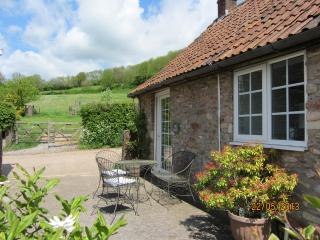 The Dairy-Rural location near sites of interest - Shepton Mallet vacation rentals