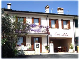 Casa Alba - home holiday in the heart of Veneto - Borso del Grappa vacation rentals