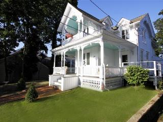 Main Street Historic Gingerbread House Full floor - Sag Harbor vacation rentals