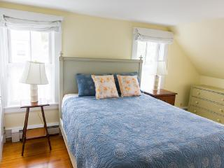Woods Hole Village Beautifully furnished - Woods Hole vacation rentals
