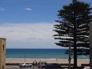 4 bedroom House with Deck in Adelaide - Adelaide vacation rentals