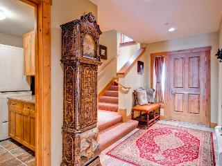 4 bedroom Apartment with Fitness Room in Beaver Creek - Beaver Creek vacation rentals